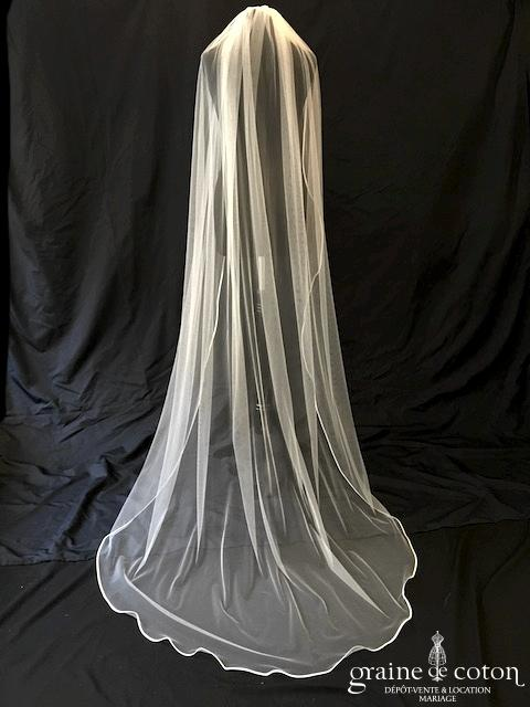 Bianco Evento - Voile simple long de 220 cm en soft tulle ivoire bordé de satin (S209)