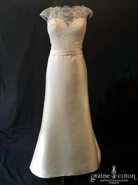 Rosa Clara - Prototype en dentelle et mikado (sirène bretelles dos boutonné taille haute coeur)