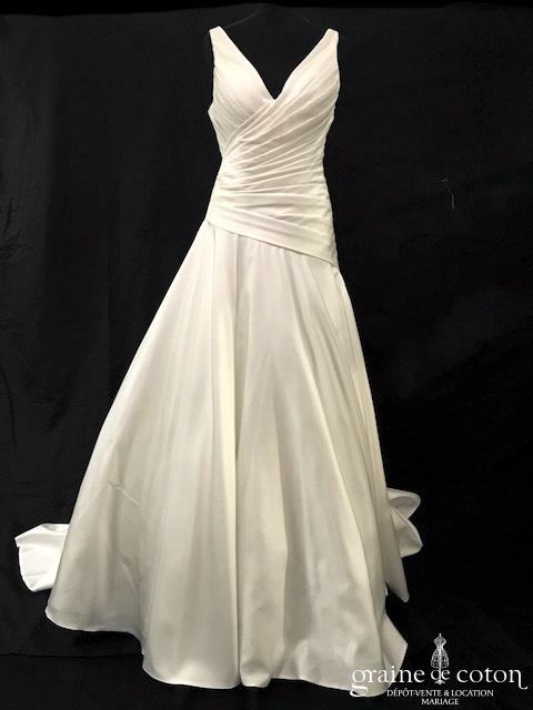 Les mariées d'Elodie - Robe une pièce drapée en satin ivoire (bretelles décollete-V A-line taille basse dos boutonné)