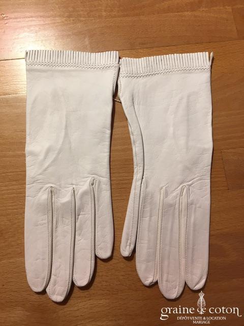 Gants courts en cuir blanc