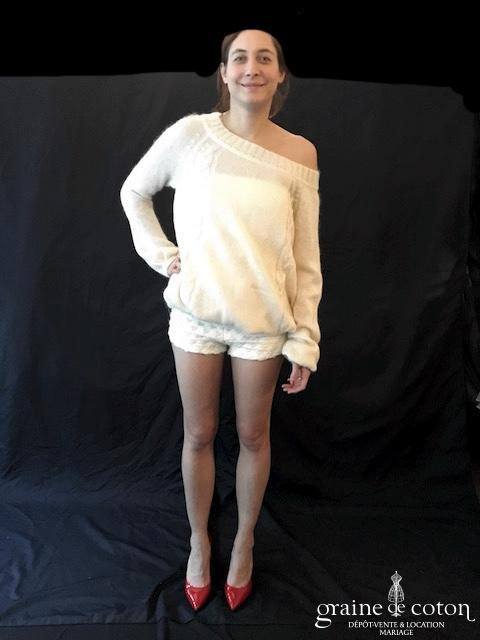 Delphine Manivet - Short court ivoire clair à bretelles (laine)