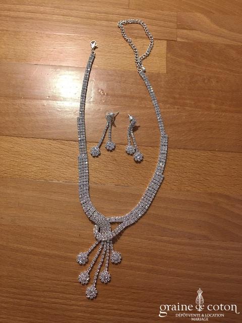 Création - Parure collier et boucles d'oreilles en strass argentés