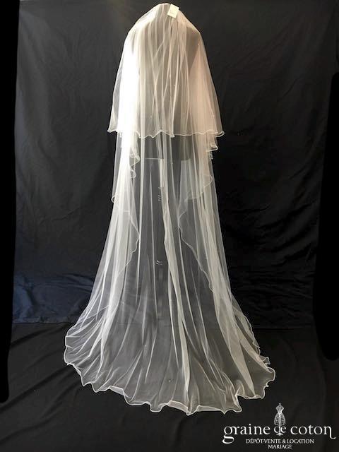 Bianco Evento - Voile double long de 220 cm en soft tulle ivoire surjeté avec strass Swarovski (S221)