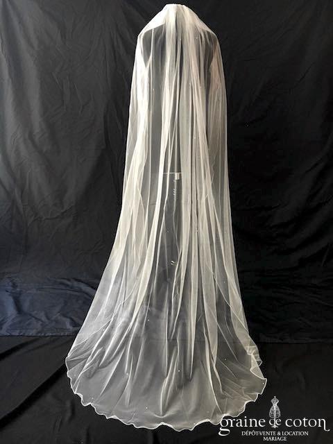Bianco Evento - Voile simple long de 2 mètres en soft tulle ivoire surjeté avec strass Swarovski (S222)