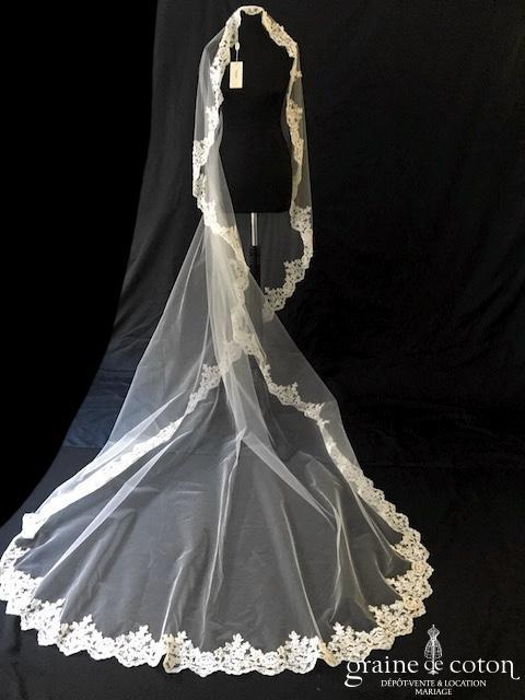 Galvan Sposa - Voile long de 3 mètres en tulle souple ivoire bordé de broderie perlée sans rabat avant