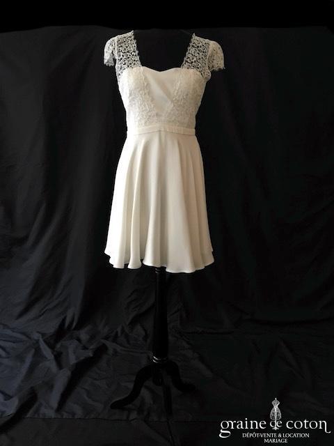 L'Amusée - Nouvelle Audacieuse (courte bretelles manches crêpe dentelle dos-nu coeur taille-haute)