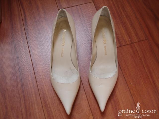Roberto Durville - Escarpins (chaussures) pointus en cuir ivoire