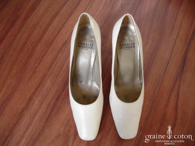 Charles Jourdan - Escarpins (chaussures) ivoires