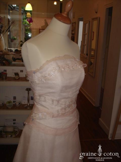 Robe de mariée deux pièces rosé-champagne (organza)