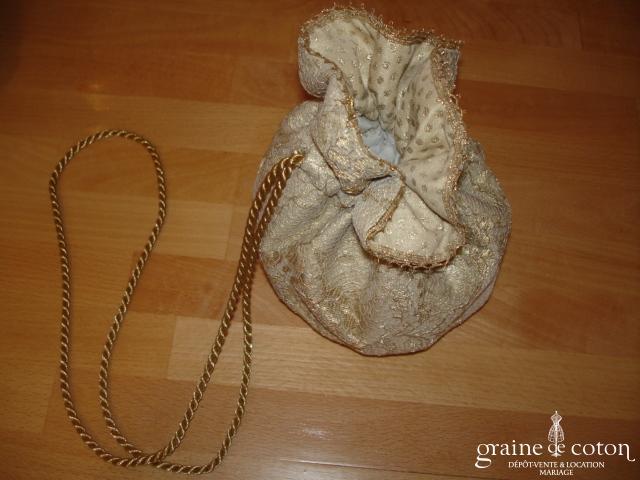 Carmélina créations - Aumônière en soie et dentelle dorée