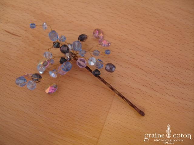 Pic à chignon perles bleues montées sur fil câblé
