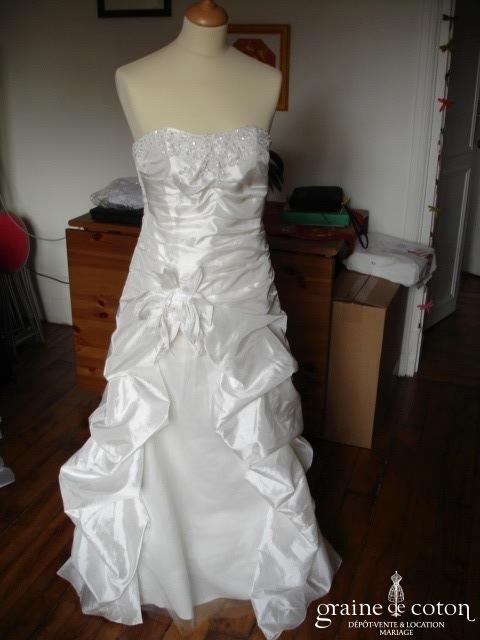 Robe de mariée ou de soirée ivoire, style Linéa Raffaëlli