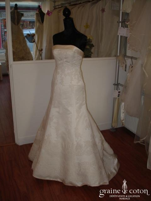 Pronovias - Dagen (dentelle satin)