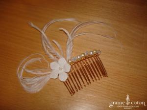 Au fil perlé - Peigne Impératrice avec fleur et plumes