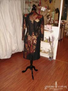 Christian Lacroix  Bazar - Tailleur noir et pailleté rouge doré (non stocké en boutique, essayage sur demande)