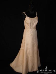 Catherine Varnier - Robe une pièce en soie et triple organza de soie ivoire