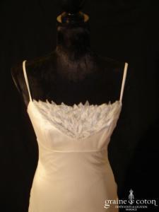 Mariées de Paris - Robe taille empire en satin, tulle et dentelle ivoire (prototype)