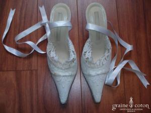 Cymbeline - Escarpins (chaussures) blancs en cuir recouverts de dentelle de calais
