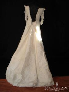 Catherine Puget - Robe en soie sauvage et dentelle de calais