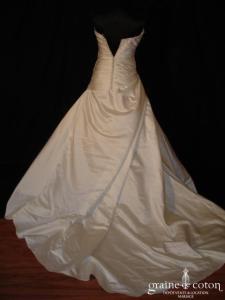 Atelier Diagonal (San Patrick pour Pronovias) - Robe une pièce en satin drapé ivoire
