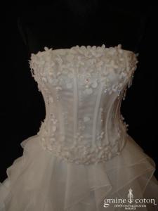 Création - Robe deux pièces blanche en mouchoirs d'organza et Swarovski