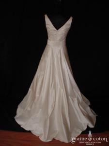 Béatrice Créations - Robe taille empire en soie sauvage ivoire