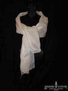 Création - Étole en organza de soie ivoire
