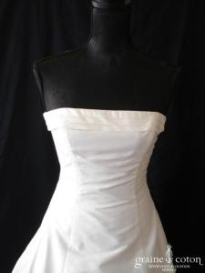 Pronuptia - Robe une pièce en soie sauvage ivoire (drapé organza tulle)