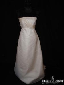 Courman - Robe taille empire drapée en organza de soie ivoire