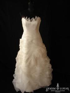 Pronuptia - Robe une pièce en satin et organza ivoire