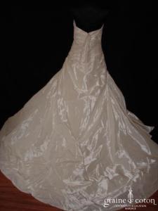 Pronovias - Géraldine (taffetas plissé taille empire basse)