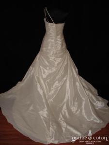 La Sposa (Pronovias) - Lot (taille basse drapé façon soie sauvage bretelle)