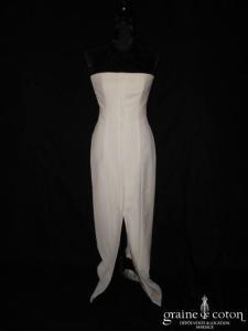 Harriet de Prag - Robe blanche droite en crêpe