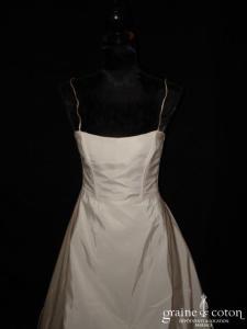 Mariées de Paris - Robe taille haute en taffetas ivoire avec fines bretelles