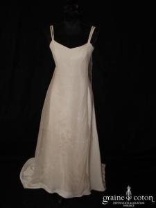 Création Anne Mignot - Robe une pièce en crêpe et organza de soie ivoire (bretelles)