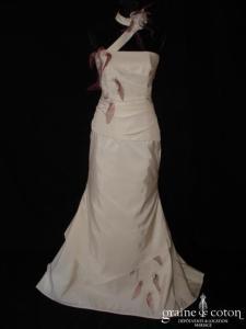 Lambert Créations - Daliane magenta (doupion tour de cou sirène fourreau)
