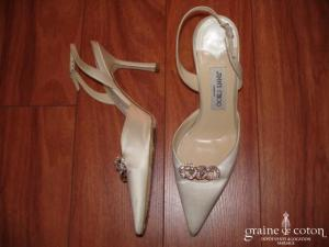 Jimmy Choo - Escarpins (chaussures) en satin de soie ivoire avec anneaux strass