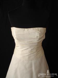 Cymbeline - Robe drapée en soie sauvage et organza de soie ivoire