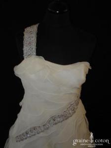 Mariella Burani (créatrice italienne) - Robe une pièce à volants de mousseline de soie (bretelle)