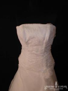 Pronuptia - Robe en dentelle et organza ivoire très clair