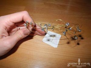 Pina - Diadème / bandeau avec strass montés sur fil câblé doré