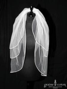 Voile mi long avec 3 rabats de tulle ivoire bordé de biais de satin (W20 avec rabat)
