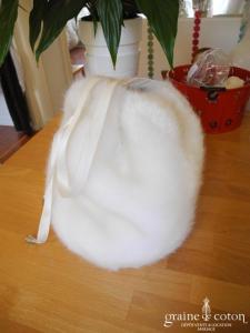 Pronuptia - Sac boule façon aumônière boule en fausse fourrure ivoire