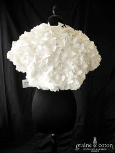 Pronuptia - Cape / boléro fleurs/coeurs ivoire