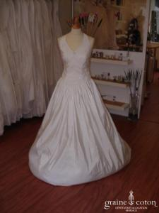 Aude - Robe de mariée et son boléro (satin mat)