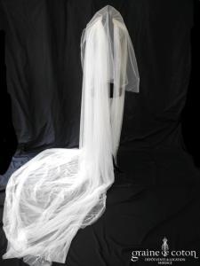 Pronovias - Voile long de 3 mètres en tulle de soie ivoire perlé de marguerites