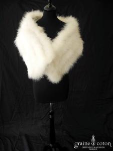 Étole/écharpe en duvet de cygne ivoire clair