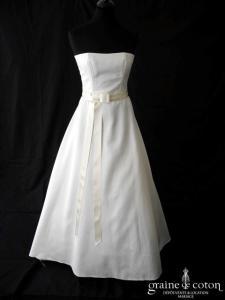 Mariées de Paris - Robe taille haute en mikado ivoire avec ceinture noeud en satin