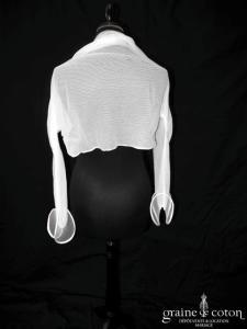 Suzanne Ermann - Boléro en tulle avec manches volutes longues blanc cassé