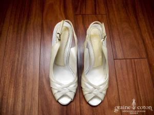 AW accessories - Escarpins (chaussures) ouverts en cuir vernis ivoire